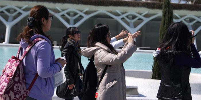 西班牙成第三大旅游国 八月游客创新高
